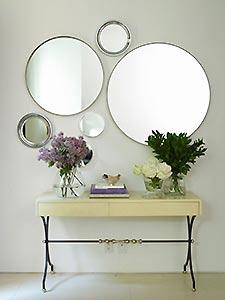 Как украсить интерьер зеркалами
